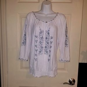 Adorable RXB Boho Peasant Embroidered Blouse Top
